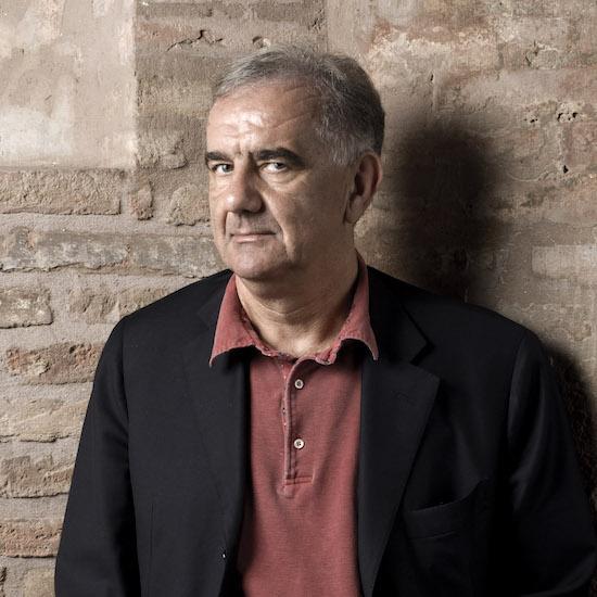 Artista Gene Gnocchi -